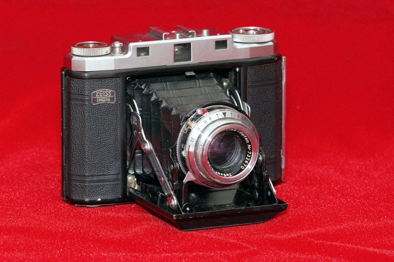 Zeiss Ikon Super Ikonta (c. 1956-60)
